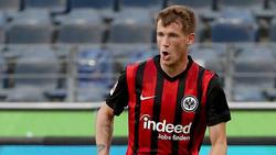 Erik Durm steht bei Eintracht Frankfurt unter Vertrag