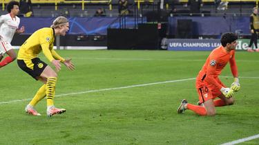 Irres VAR-Drama um Erling Haaland bei BVB vs. FC Sevilla