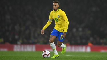 Brasiliens Kapitän Neymar musste verletzt ausgewechselt werden