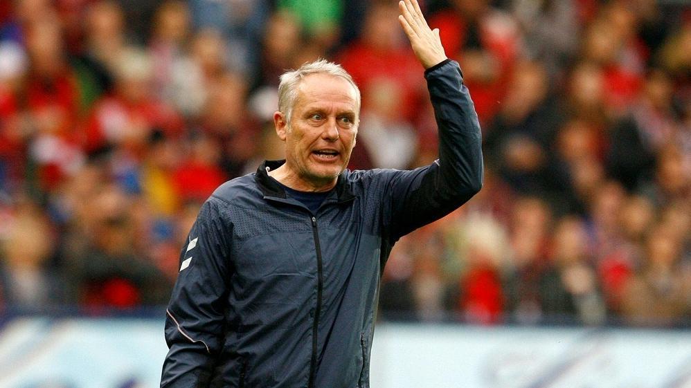 Christian Streich fordert gegen den VfB Stuttgart mehr Leistung