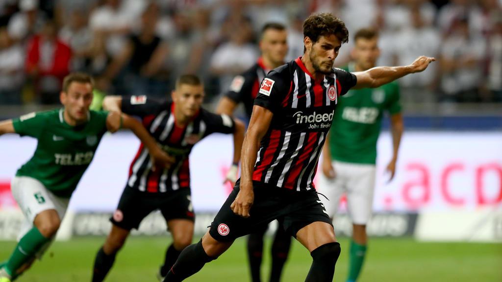 Mit einem Elfmetertor machte Goncalo Paciência den Einzug in die nächste Runde für Eintracht Frankfurt perfekt
