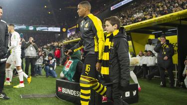 Verlässt Manuel Akanji den BVB im Winter?