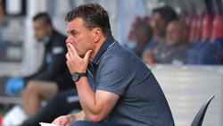 Dieter Hecking sieht eine schwere Zeit auf den HSV zukommen