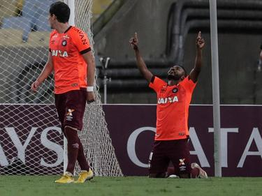 Nikão celebra su tanto contra el Fluminense. (Foto: Imago)