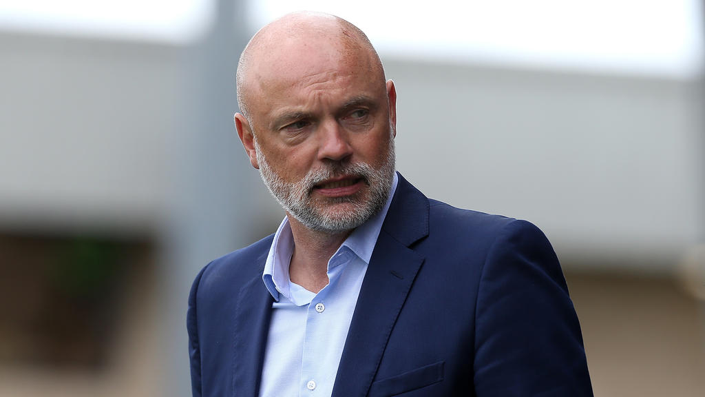 Uwe Rösler freut sich auf das Duell gegen Chelsea