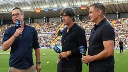 Ist voll des Lobes für die deutsche U21: Joachim Löw (m.)