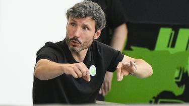 Mark van Bommel warnt die Spieler des VfL Wolfsburg