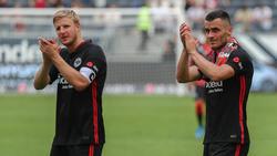 Filip Kostic (r) traf gegen den VfB Stuttgart
