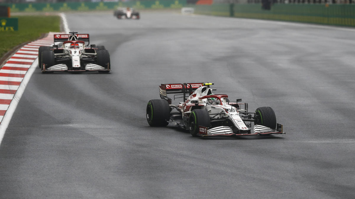 Giovinazzi ließ Räikkönen nicht vorbei und vergab so die Chance auf einen Punkt