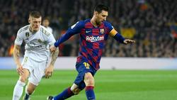 Kroos (l.) trifft mit Real am Samstag auf Messis Barca