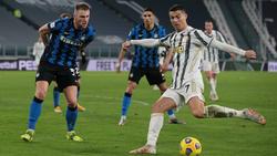 Cristiano Ronaldo (r.) steht mit Juve wieder im Finale