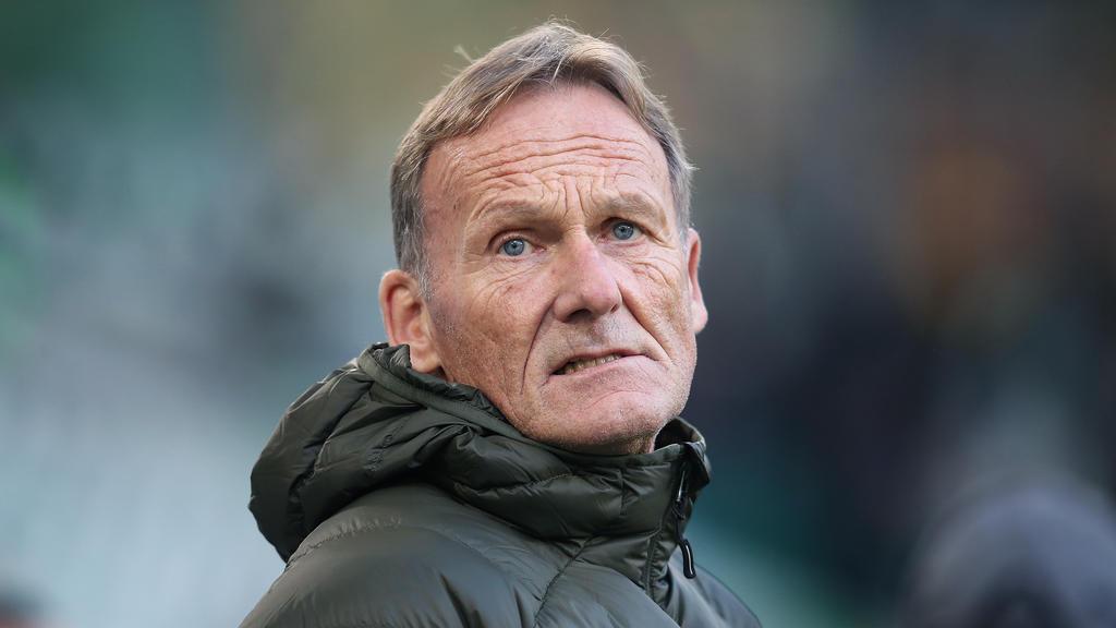 BVB-Geschäftsführer Hans-Joachim Watzke blickt auf das Revierderby gegen Schalke 04