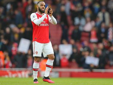Lacazette con la camiseta del Arsenal.