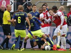 Opstootje tijdens AZ Alkmaar - Ajax. (17-8-2014)