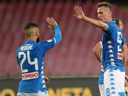 Insigne celebra su gol con los compañeros. (Foto: Getty)