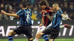 Mögen sich nicht besonders: Zlatan Ibrahimovic (M) und Marco Materazzi (r.)