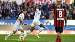 Anthony Modeste (M.) rettet dem 1. FC Köln einen Punkt
