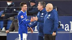 Christian Gross und der FC Schalke 04 konnten ein wenig aufatmen