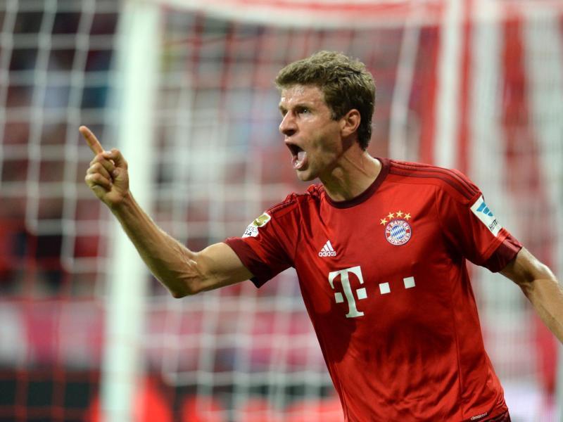 Thomas Müller würde sich gerne selber beim Fußballspielen zuschauen. Foto: Sven Hoppe