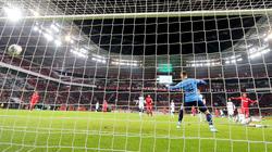 Alario trifft - Leverkusen überwintert im Pokal