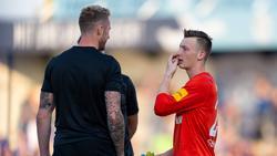 Ralf Fährmann und Markus Schubert (r.) bekommen beim FC Schalke 04 wohl weitere Konkurrenz