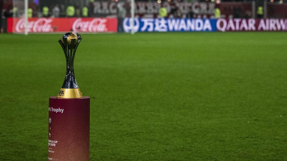 FIFA-Präsident Gianni Infantino ist sich nicht sicher, ob die Club-WM im Dezember stattfindet