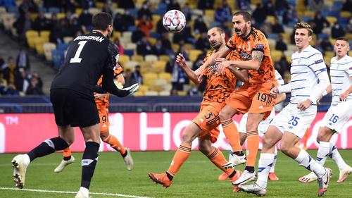 Juve (in orange) fuhr drei wichtige Punkte ein