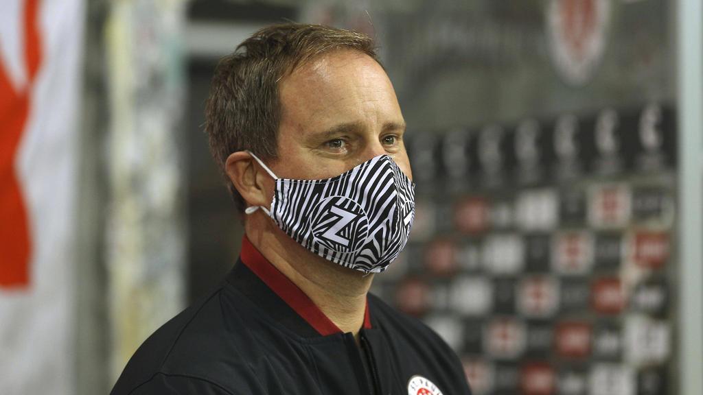Oke Göttlich vom FC St. Pauli fordert eine Impf-Empfehlung