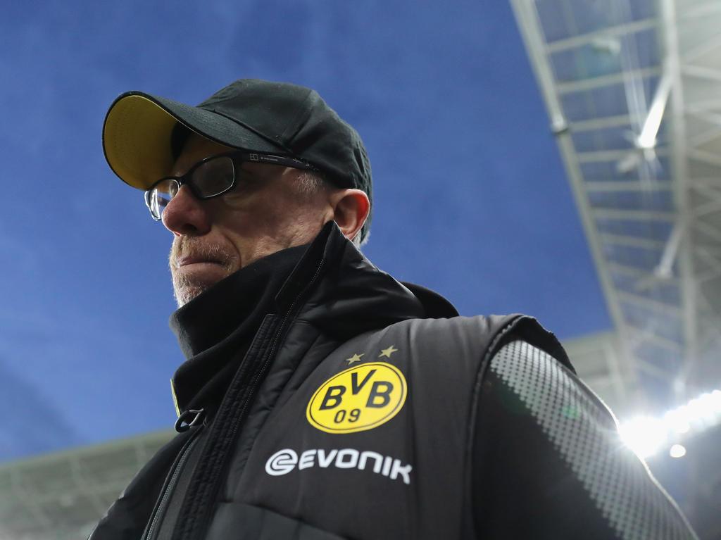 Peter Stöger muss in Salzburg mit dem BVB ein 1:2 aufholen
