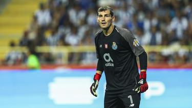 Iker Casillas vuelve a entrar en la historia de la Champions. (Foto: Getty)
