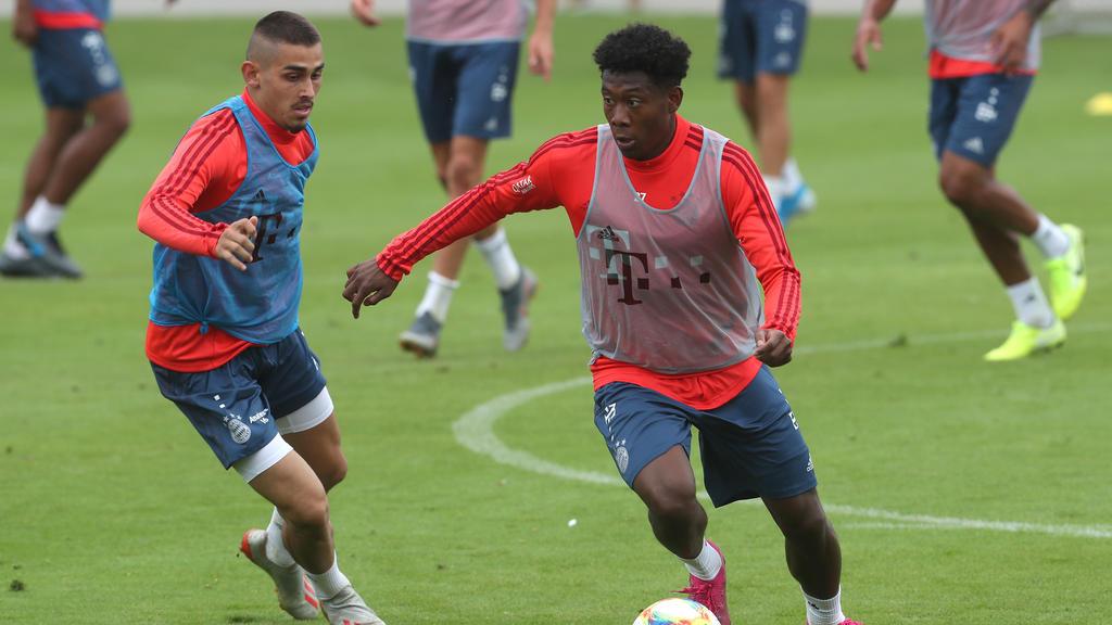 Meritan Shabani (l.) wechselt vom FC Bayern in die Premier League