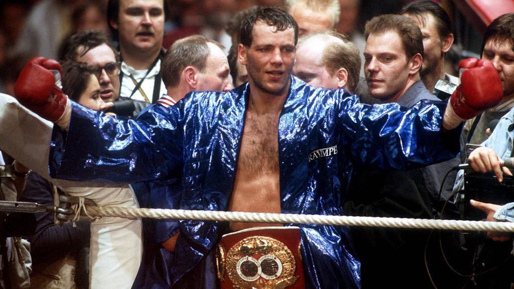 1993 kürte sich Henry Maske erstmals zum Weltmeister