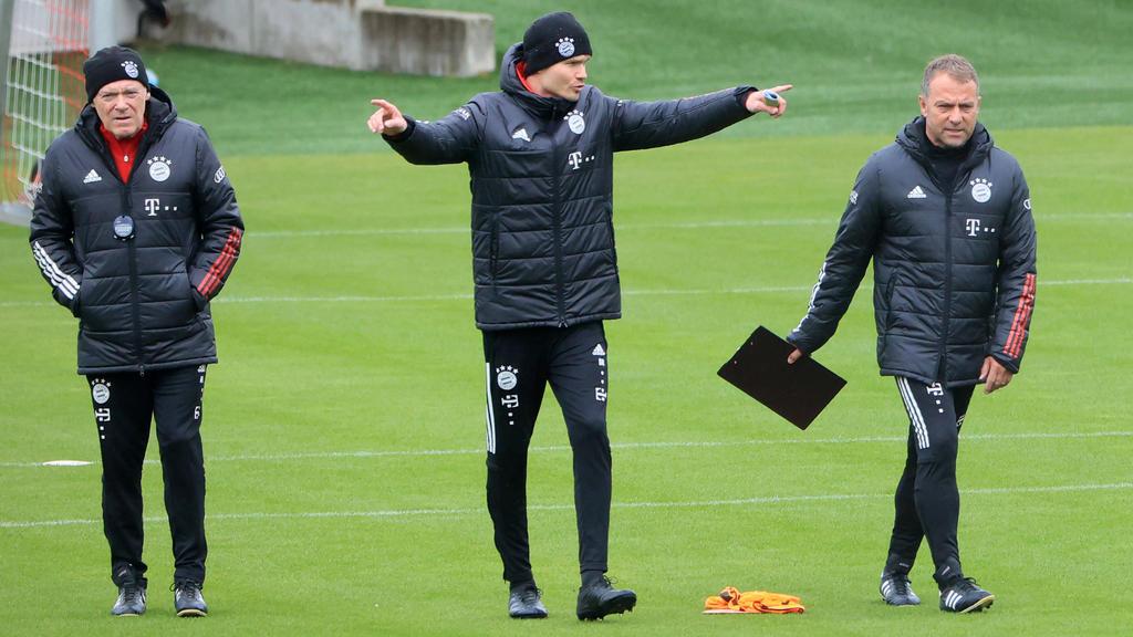 Danny Röhl (m.) wird den FC Bayern wohl verlassen