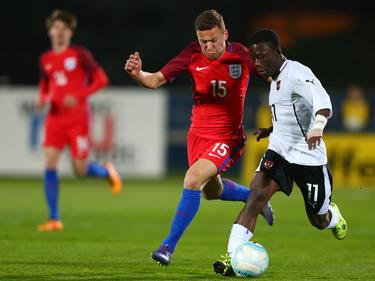 Samuel Oppong im Duell mit Englands U18