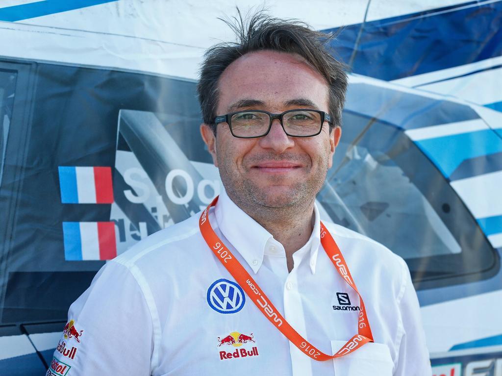 Volkswagen-Motorsportchef Sven Smeets freut sich für Sebastien Ogier