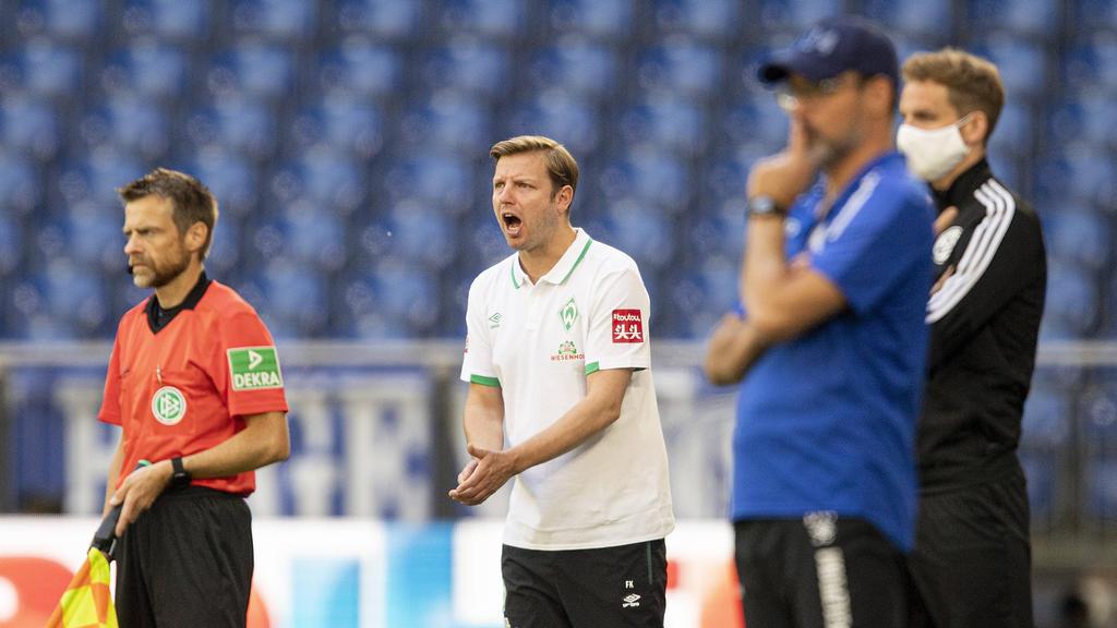 Florian Kohfeldt (M.) und Werder Bremen schöpfen im Abstiegskampf Hoffnung