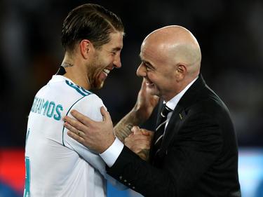 Pflegt eine besondere Beziehung zu Real Madrid: Gianni Infantino (r.)