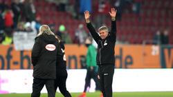Friedhelm Funkel empfängt am Sonntag RB Leipzig