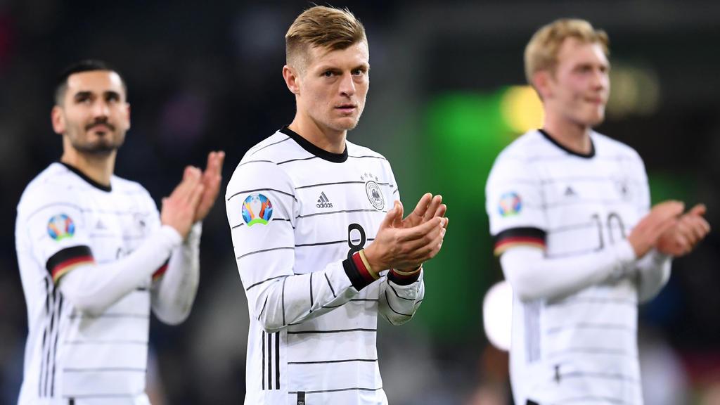 Toni Kroos nimmt Joachim Löw in Schutz