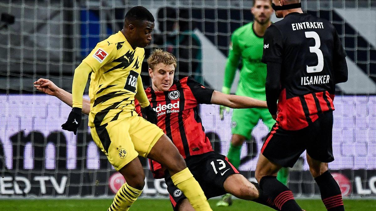 Youssoufa Moukoko speilte beim Remis zwischen Eintracht Frankfurt und dem BVB eine Halbzeit