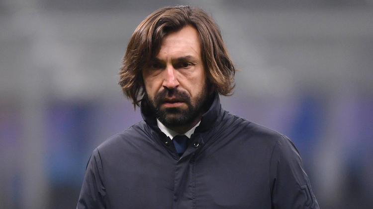 Andrea Pirlo steht bei Juve in der Kritik