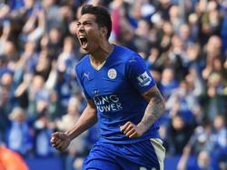 Ulloa seguirá defendiendo la camiseta del Leicester. (Foto: Getty)