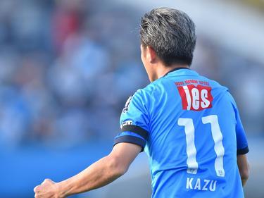 Kazuyoshi Miura traf per Kopfball