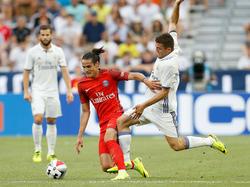 Edinson Cavani (l.) von PSG muss auf dem Weg zum CL-Titel an Real Madrid vorbei