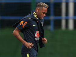 Neymar zeigte sich mit veränderter Frisur