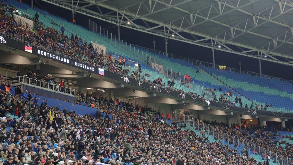 Beim Länderspiel in Leipzig blieben viele Plätze leer