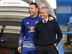 John Terry met zijn oud-trainer José Mourinho