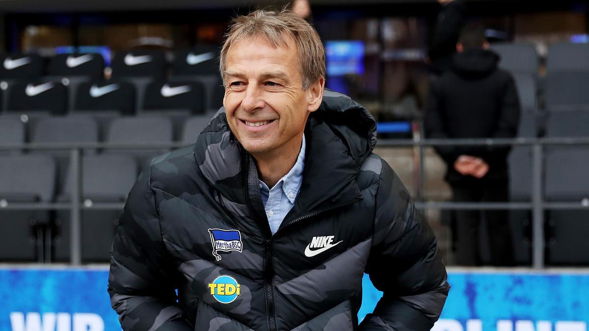Jürgen Klinsmann war nach dem ersten Bundesliga-Sieg mit Hertha BSC glücklich