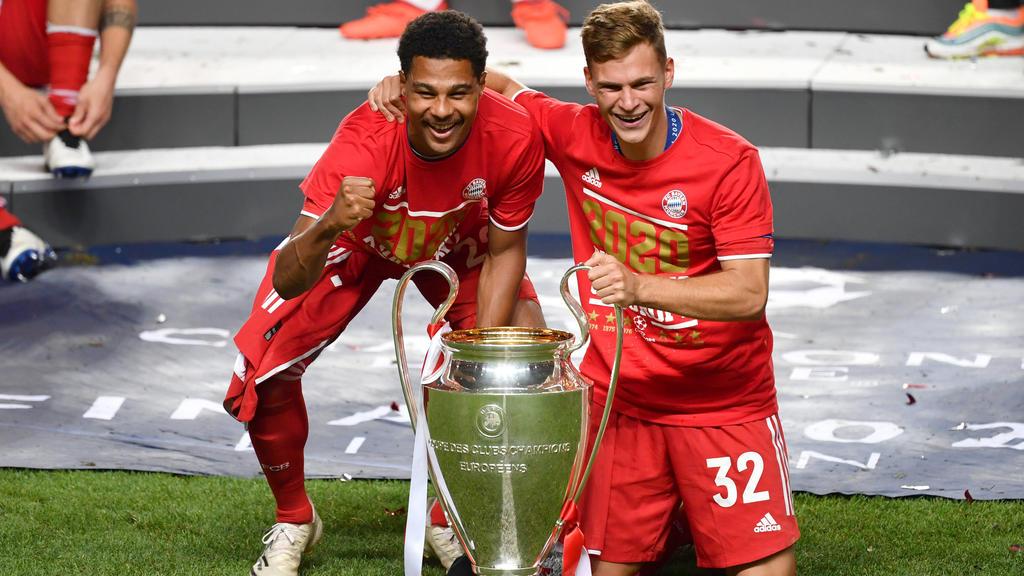 Serge Gnabry (l.) träumt von einer goldenen Ära beim FC Bayern