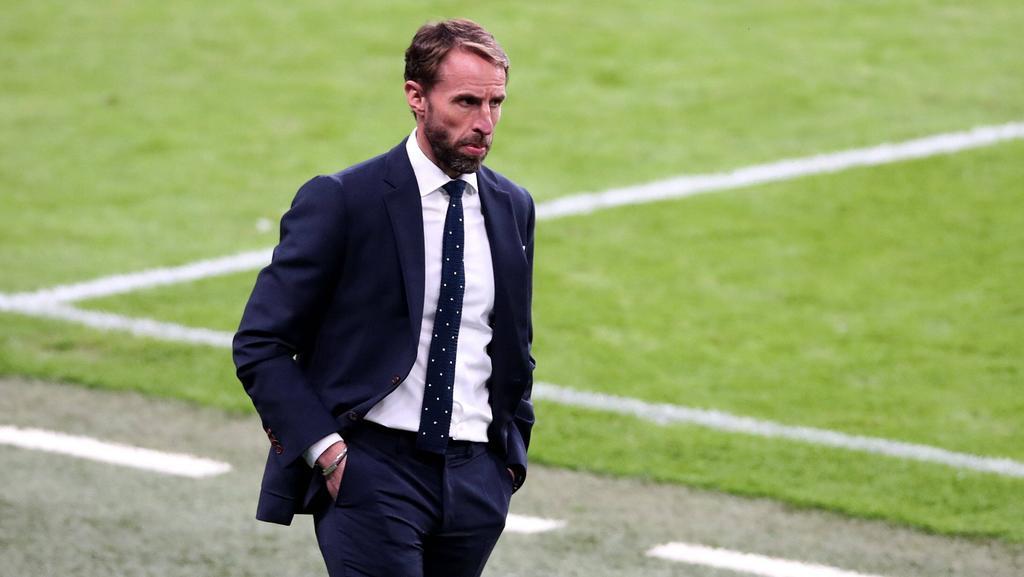 Gareth Southgate steht mit seinen Engländern im Achtelfinale